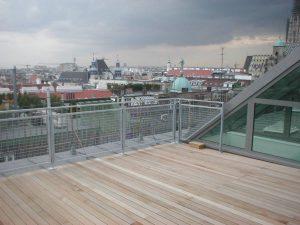 Geländer an Dachterrasse
